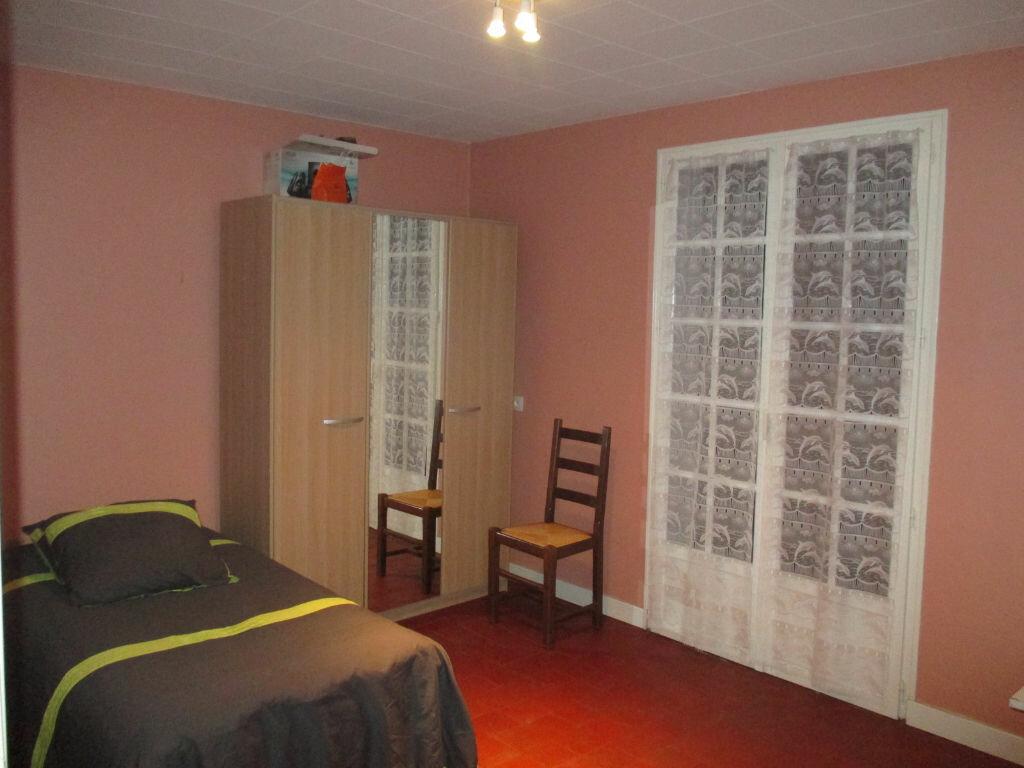 Maison à vendre 4 110m2 à Chartronges vignette-6