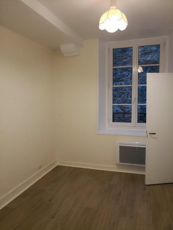 Appartement à louer 2 29.4m2 à Fontenay-Trésigny vignette-4