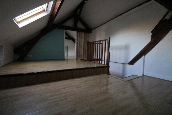 Appartement à louer 2 60m2 à Rozay-en-Brie vignette-3