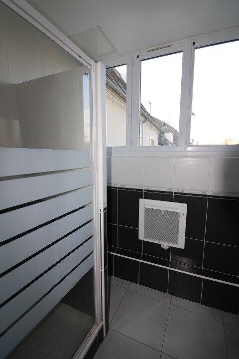 Appartement à louer 2 60m2 à Rozay-en-Brie vignette-4