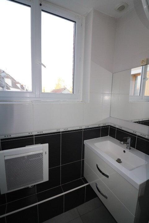 Appartement à louer 2 60m2 à Rozay-en-Brie vignette-5