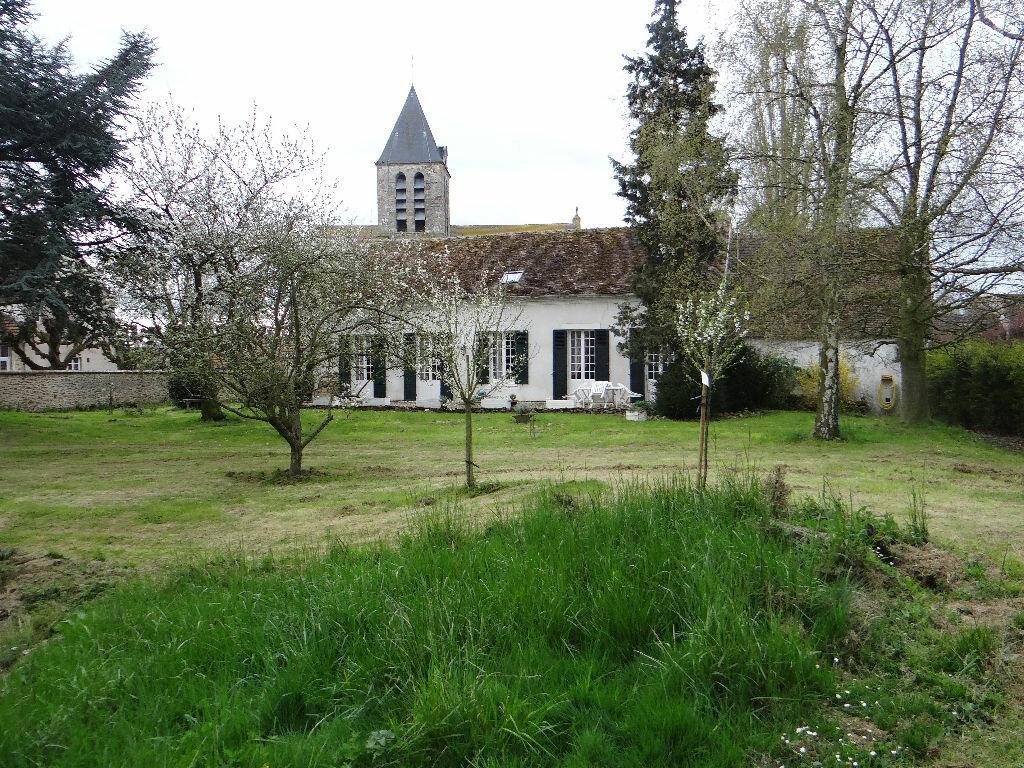 Maison à vendre 5 197m2 à Rozay-en-Brie vignette-1
