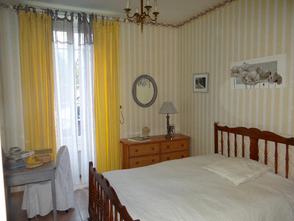 Maison à vendre 5 197m2 à Rozay-en-Brie vignette-5