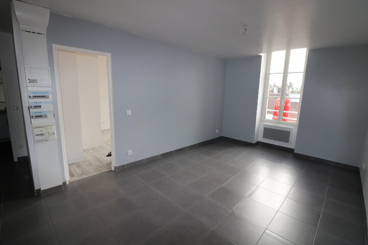 Appartement à louer 3 53m2 à Rozay-en-Brie vignette-2