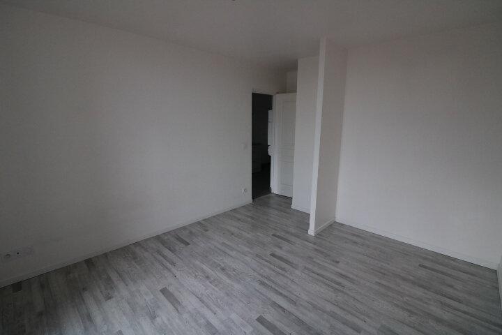 Appartement à louer 3 53m2 à Rozay-en-Brie vignette-5