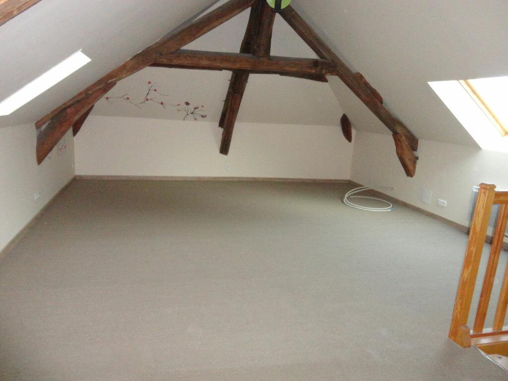 Maison à louer 6 109m2 à Fontenay-Trésigny vignette-16