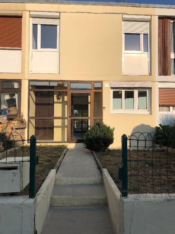 Maison à louer 4 73m2 à Nangis vignette-1