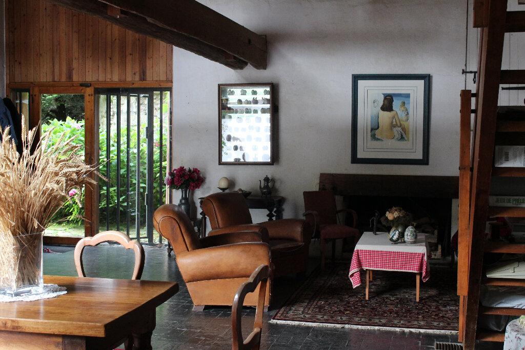 Maison à vendre 8 212m2 à Quiers vignette-4