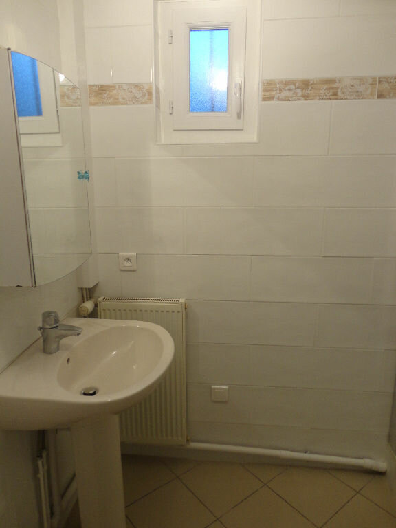 Appartement à louer 3 63m2 à Fontenay-Trésigny vignette-10