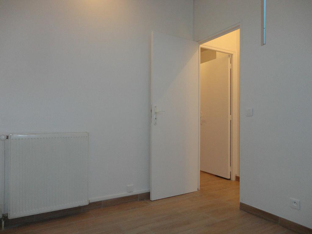 Appartement à louer 3 63m2 à Fontenay-Trésigny vignette-12