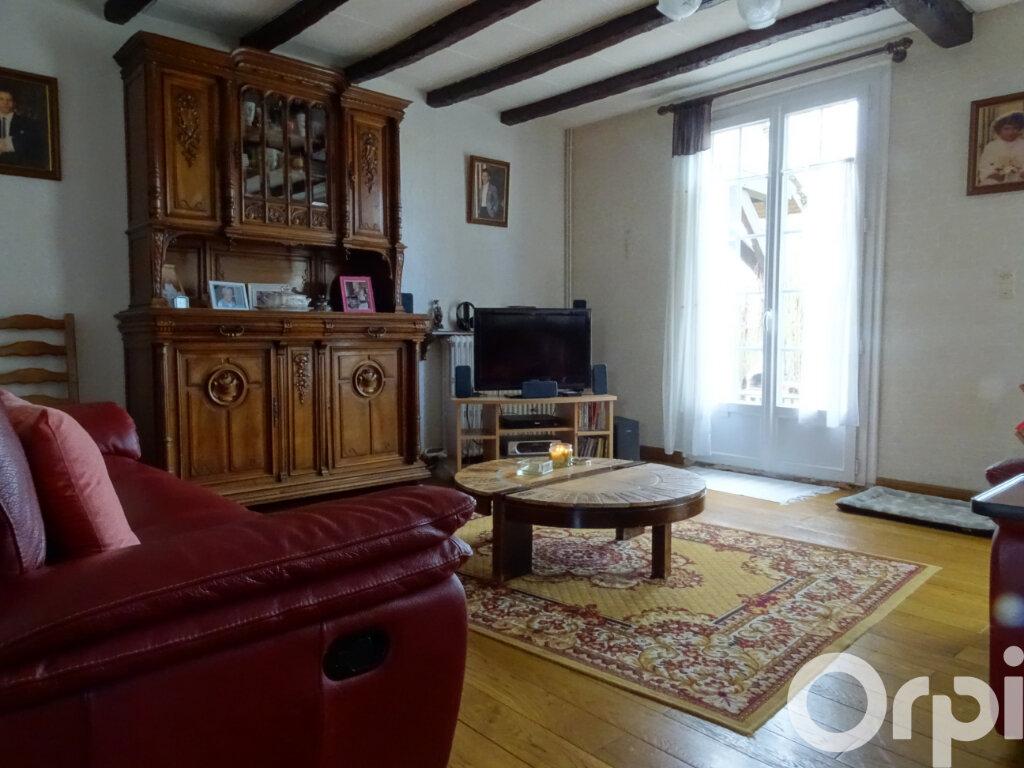 Maison à vendre 8 240m2 à Jouy-le-Châtel vignette-3