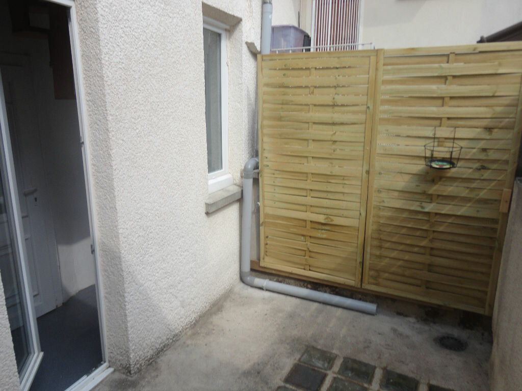 Appartement à louer 2 32m2 à Rozay-en-Brie vignette-2