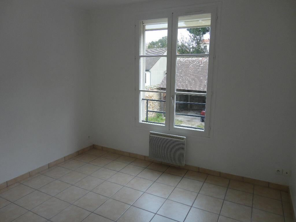 Appartement à louer 2 36m2 à Rozay-en-Brie vignette-4