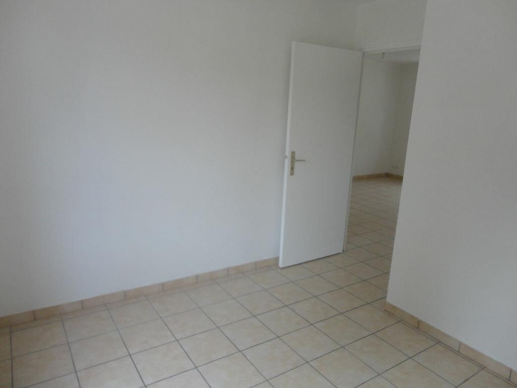Appartement à louer 2 36m2 à Rozay-en-Brie vignette-6