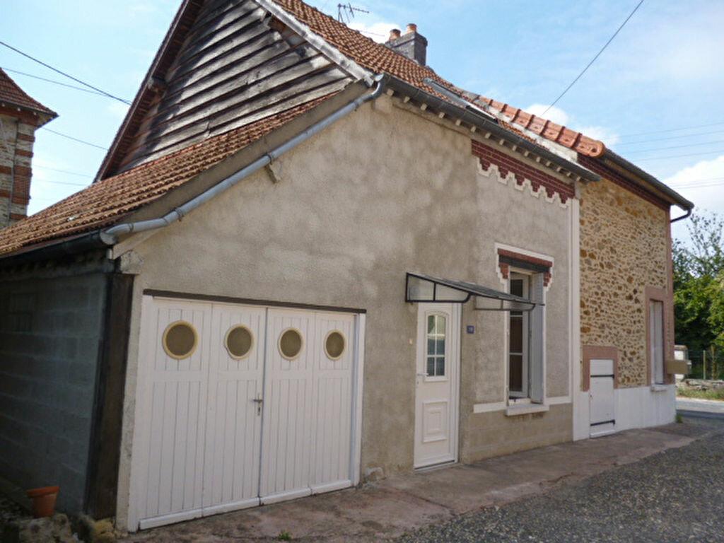 Maison à louer 4 100m2 à Vaudoy-en-Brie vignette-2