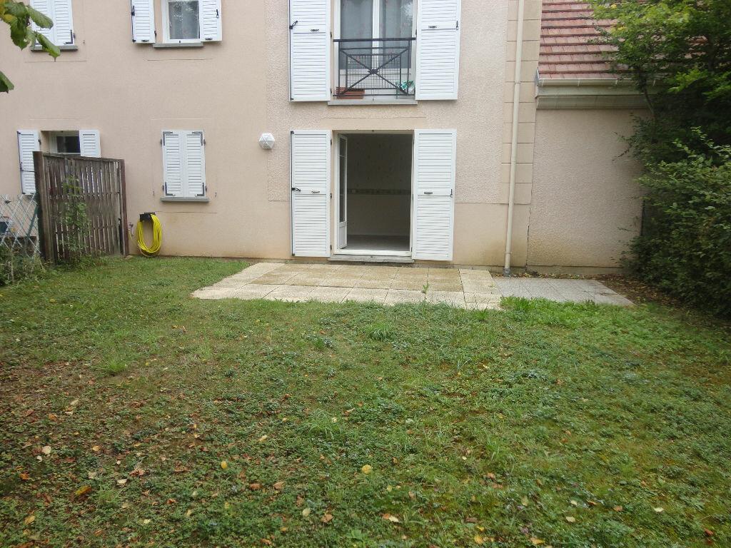 Appartement à louer 2 43m2 à Tournan-en-Brie vignette-1