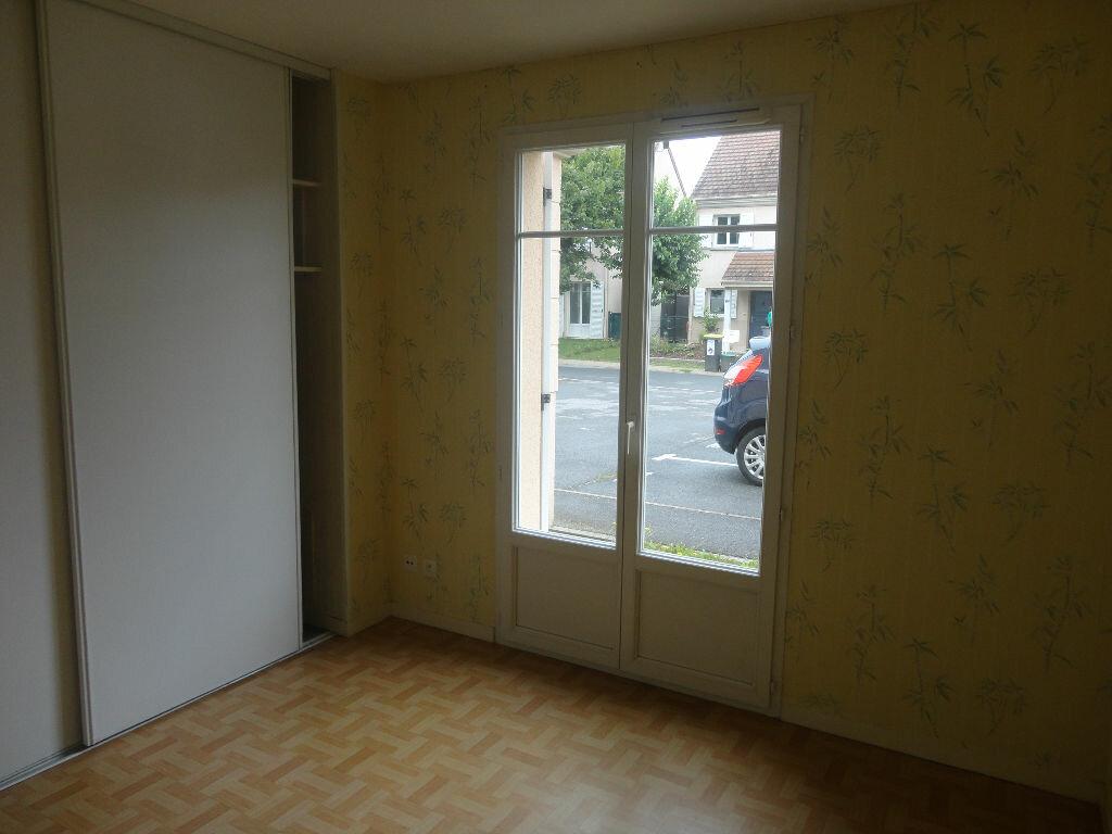 Appartement à louer 2 43m2 à Tournan-en-Brie vignette-3