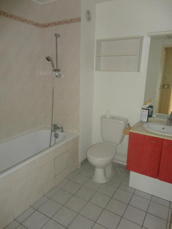 Appartement à louer 2 43m2 à Tournan-en-Brie vignette-4