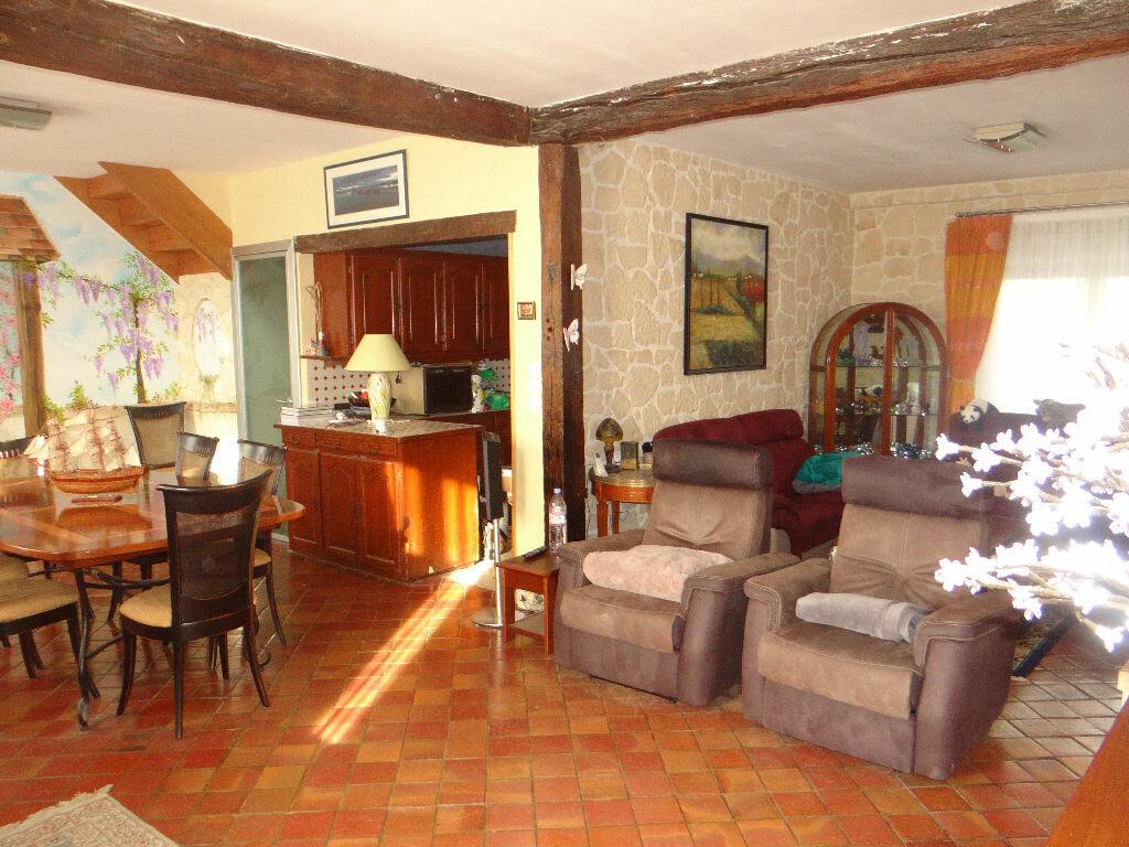 Maison à vendre 8 220m2 à Jouy-le-Châtel vignette-6