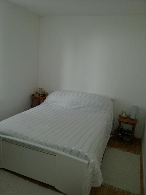 Appartement à louer 3 49m2 à Jouy-le-Châtel vignette-2