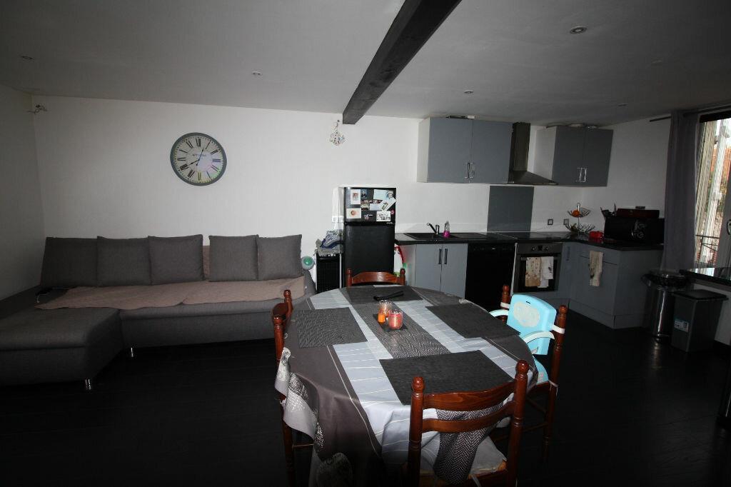 Appartement à louer 2 58m2 à Jouy-le-Châtel vignette-2