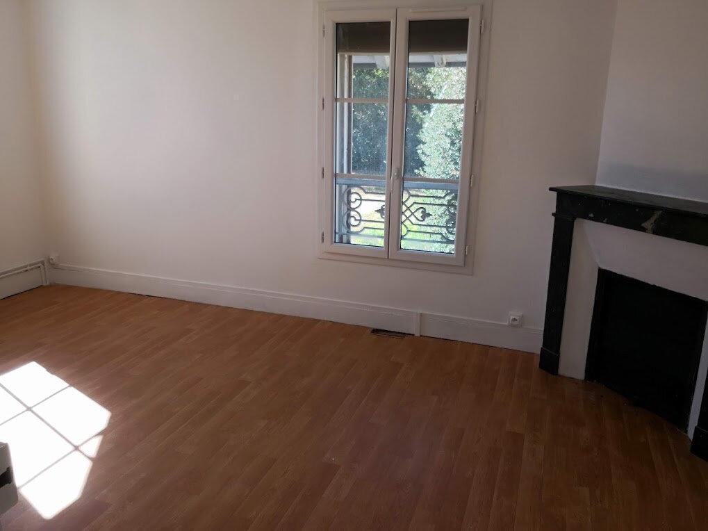Appartement à louer 3 66m2 à Nangis vignette-1