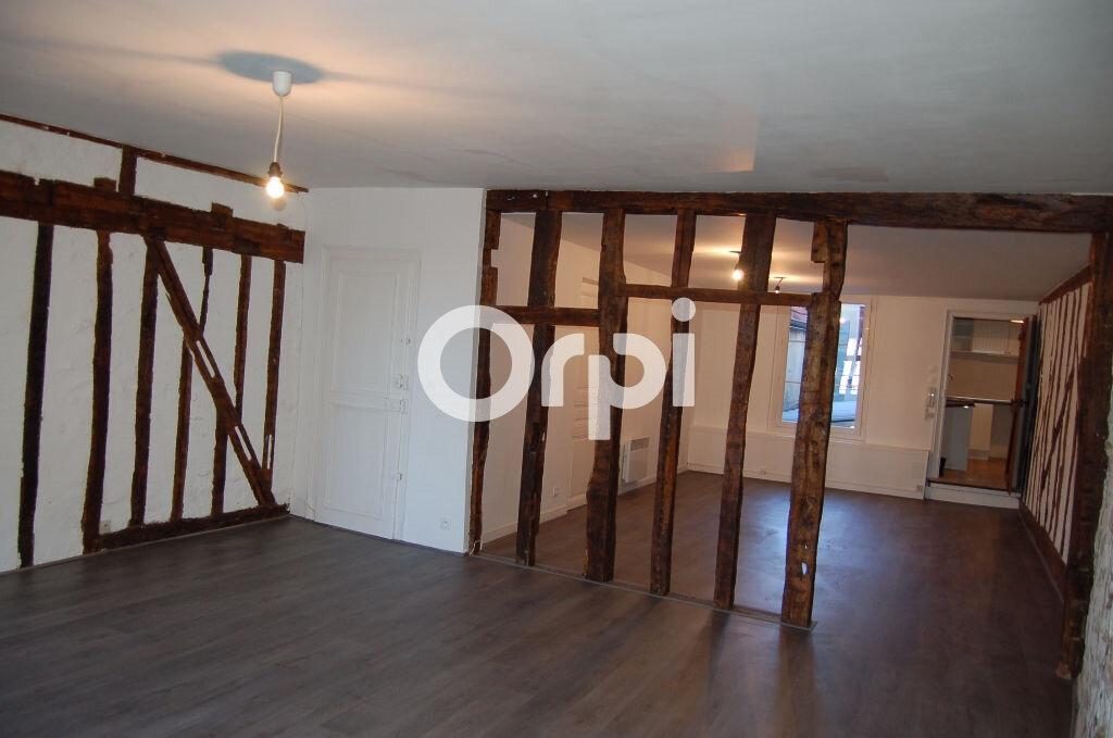 Appartement à vendre 4 124m2 à Provins vignette-3