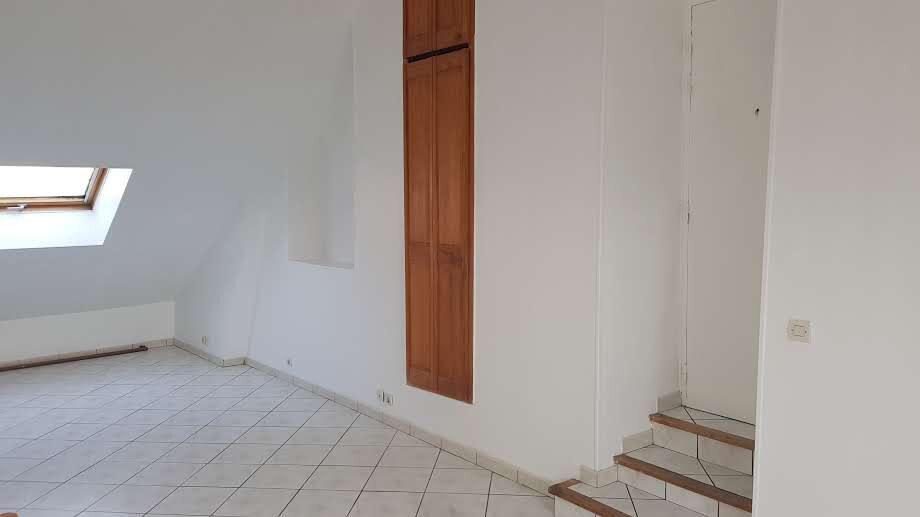Appartement à louer 1 23m2 à Rozay-en-Brie vignette-5
