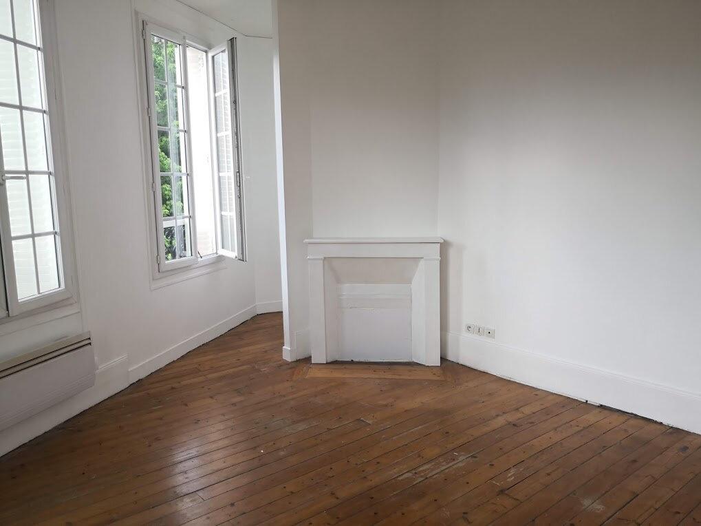 Appartement à louer 2 36m2 à Nangis vignette-1