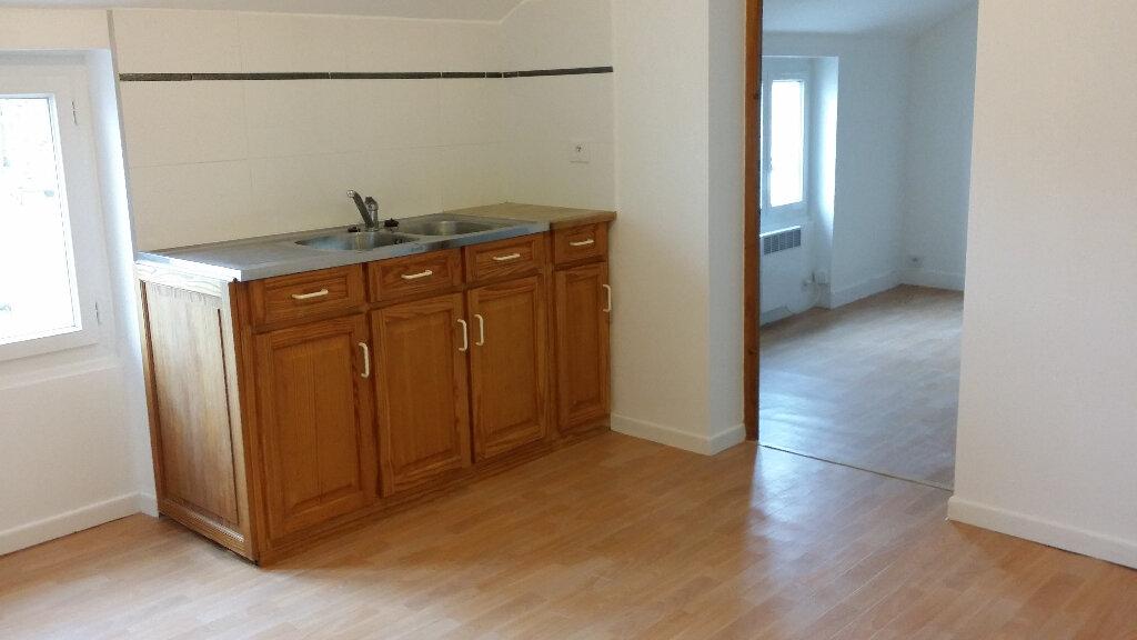 Appartement à louer 3 50m2 à Nangis vignette-3