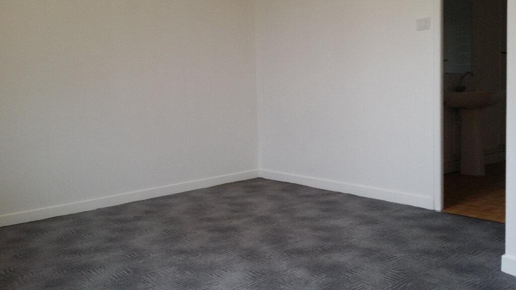 Appartement à louer 3 50m2 à Nangis vignette-4