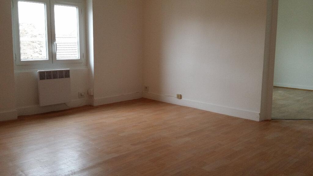 Appartement à louer 3 50m2 à Nangis vignette-6