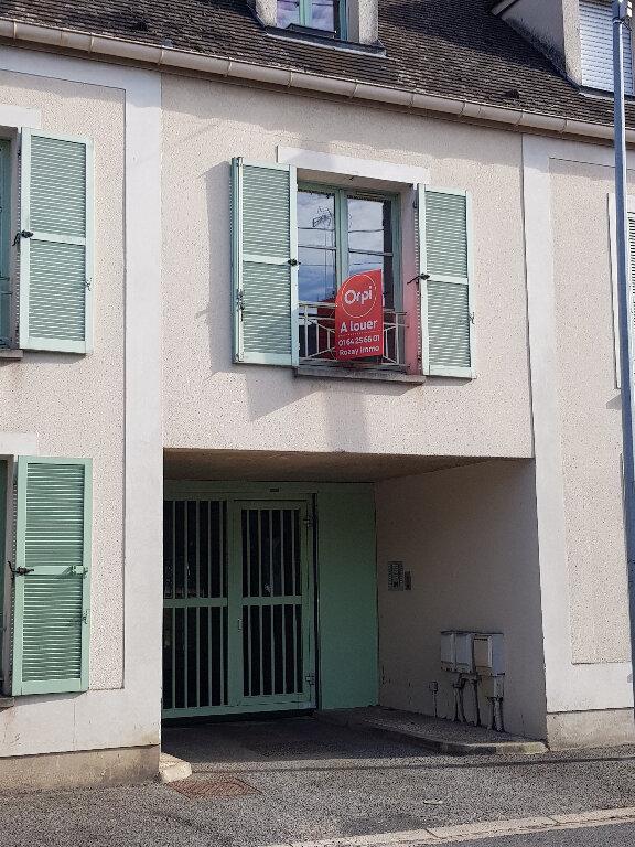 Appartement à louer 1 25m2 à Chaumes-en-Brie vignette-1