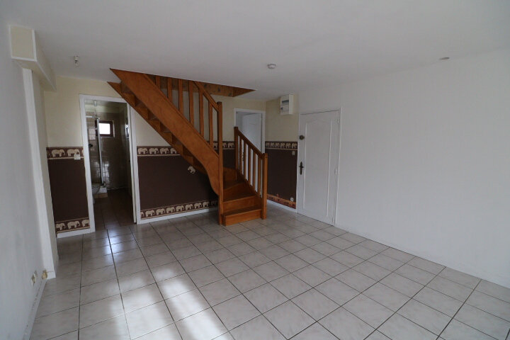 Appartement à louer 2 49.25m2 à Grandpuits-Bailly-Carrois vignette-1