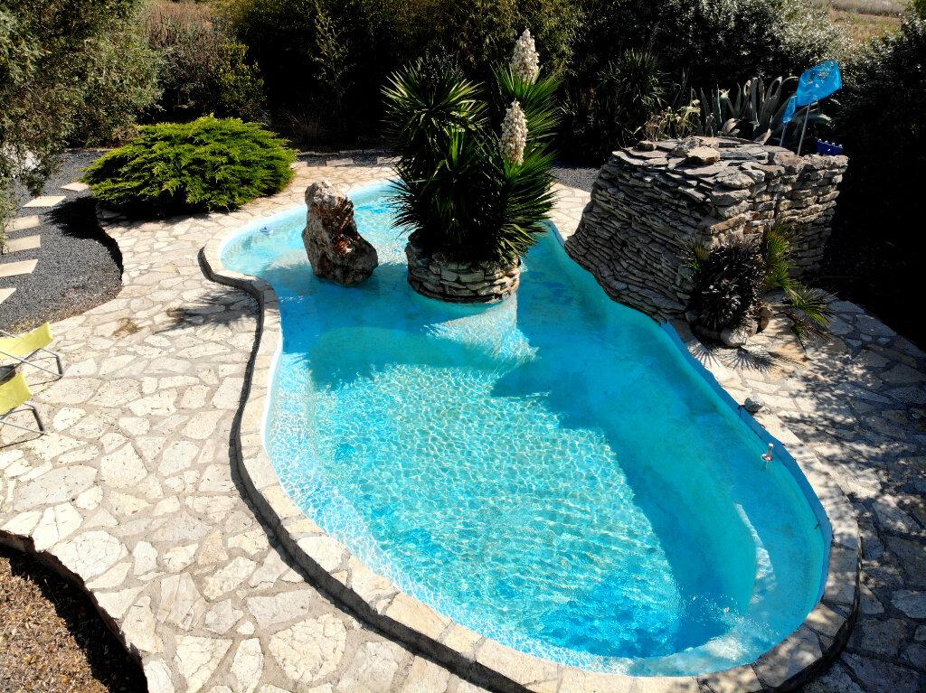 Maison à vendre 8 240m2 à Vic-la-Gardiole vignette-7