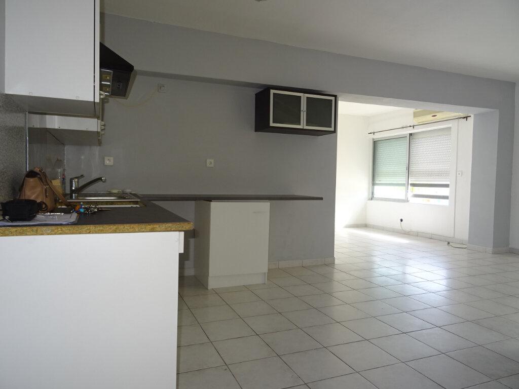 Appartement à louer 3 55m2 à Lattes vignette-1