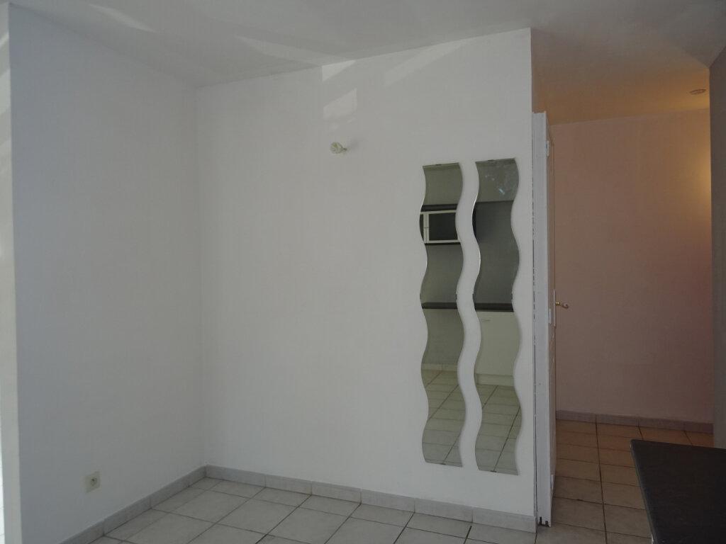 Appartement à louer 3 55m2 à Lattes vignette-6