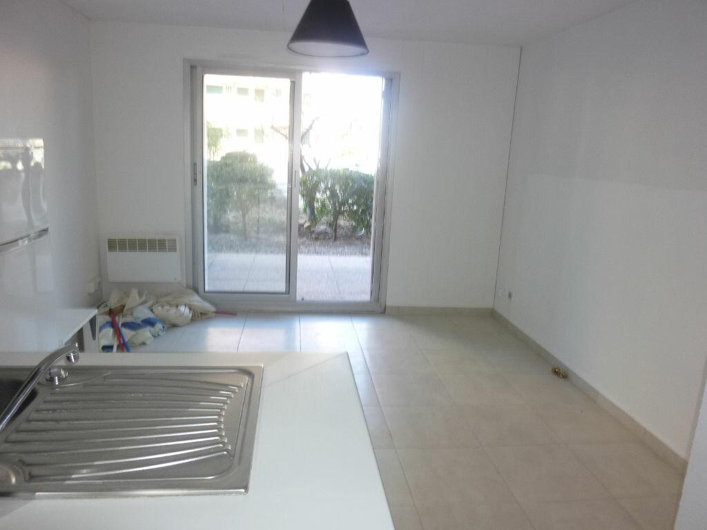 Appartement à louer 1 20m2 à Le Cap d'Agde - Agde vignette-4