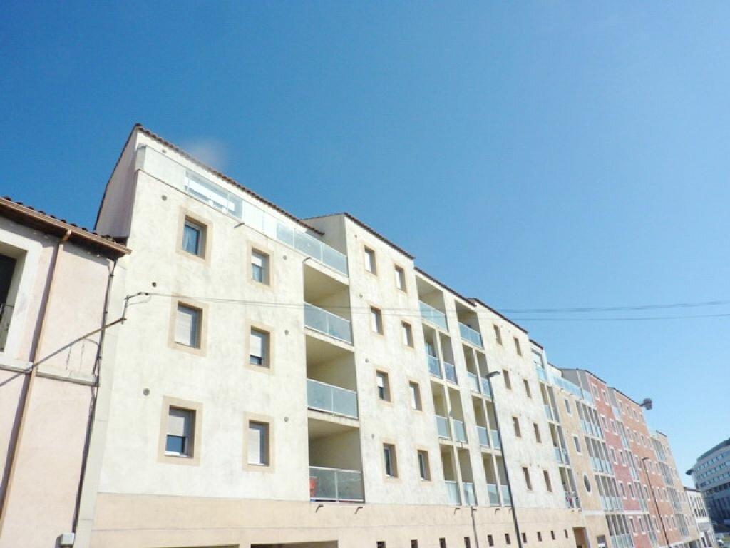 Appartement à vendre 1 32m2 à Béziers vignette-1