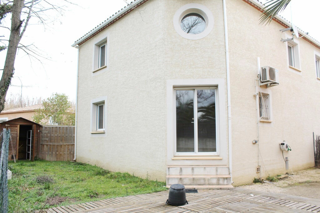 Maison à louer 4 75m2 à Béziers vignette-3