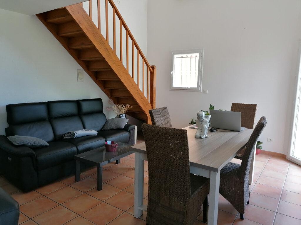 Maison à louer 4 75m2 à Béziers vignette-4
