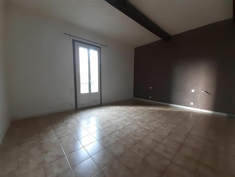 Appartement à louer 3 70m2 à Agde vignette-3