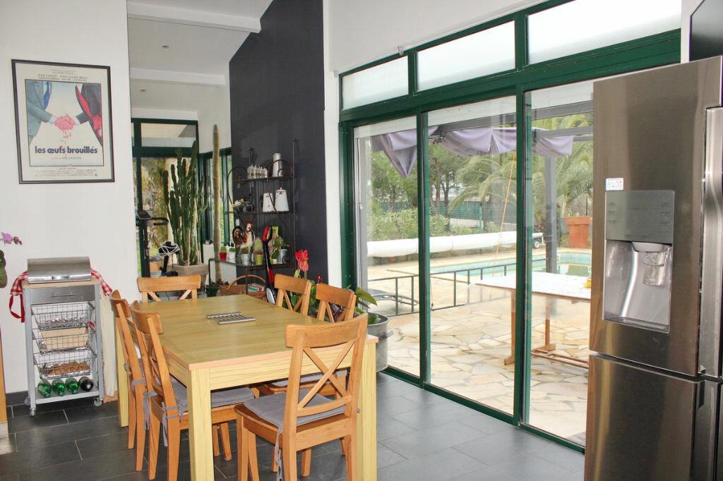 Maison à vendre 9 198m2 à Marseillan vignette-2