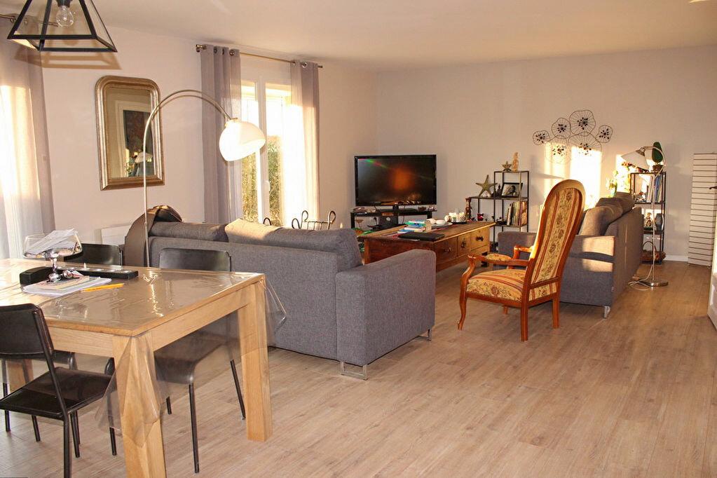 Maison à vendre 9 198m2 à Marseillan vignette-8