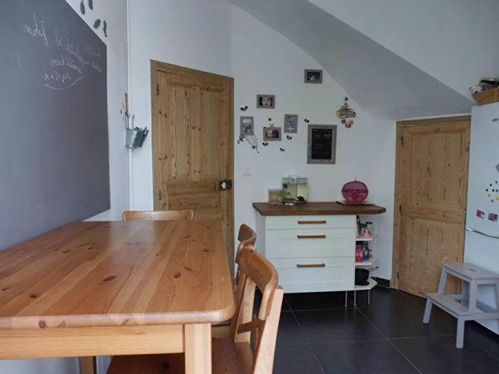 Maison à louer 4 100m2 à Béziers vignette-4