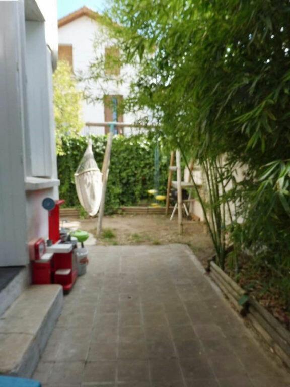 Maison à louer 4 100m2 à Béziers vignette-8