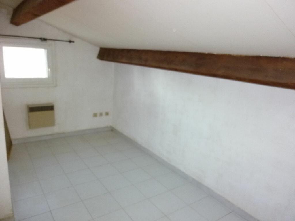 Maison à louer 3 37m2 à Agde vignette-4