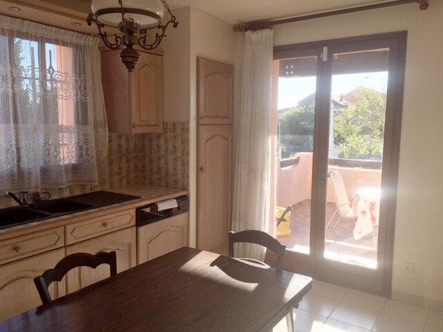 Maison à vendre 6 120m2 à Pinet vignette-7