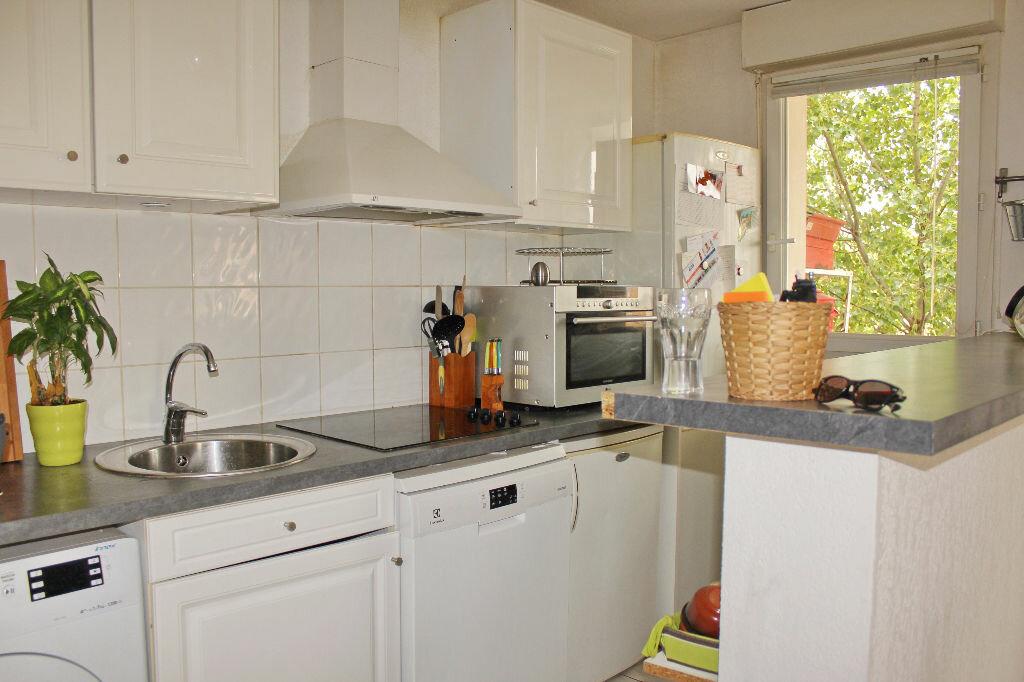 Appartement à vendre 3 59m2 à Marseillan vignette-3