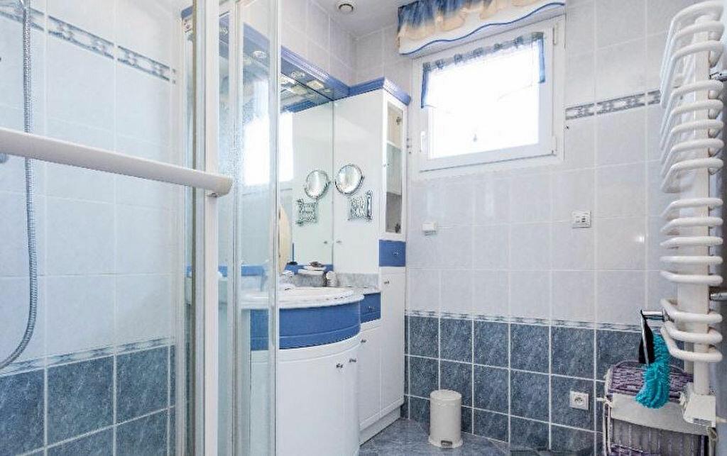 Maison à vendre 4 134m2 à Agde vignette-7